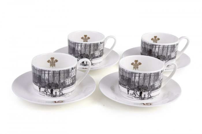 Set of 4 Cups & Saucers